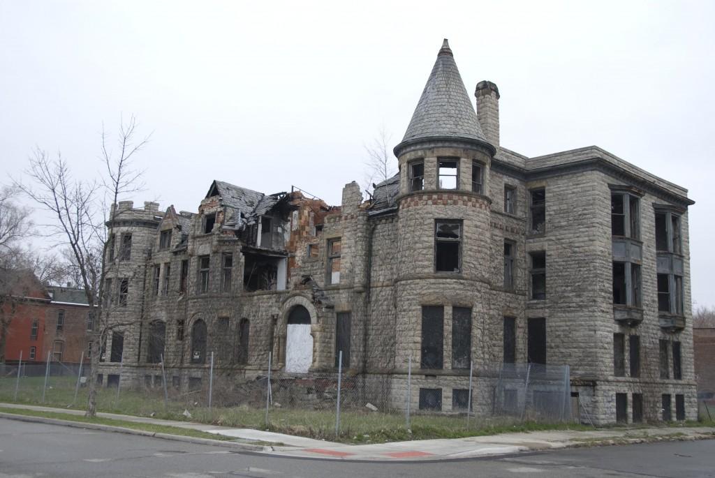 Detroit (3)